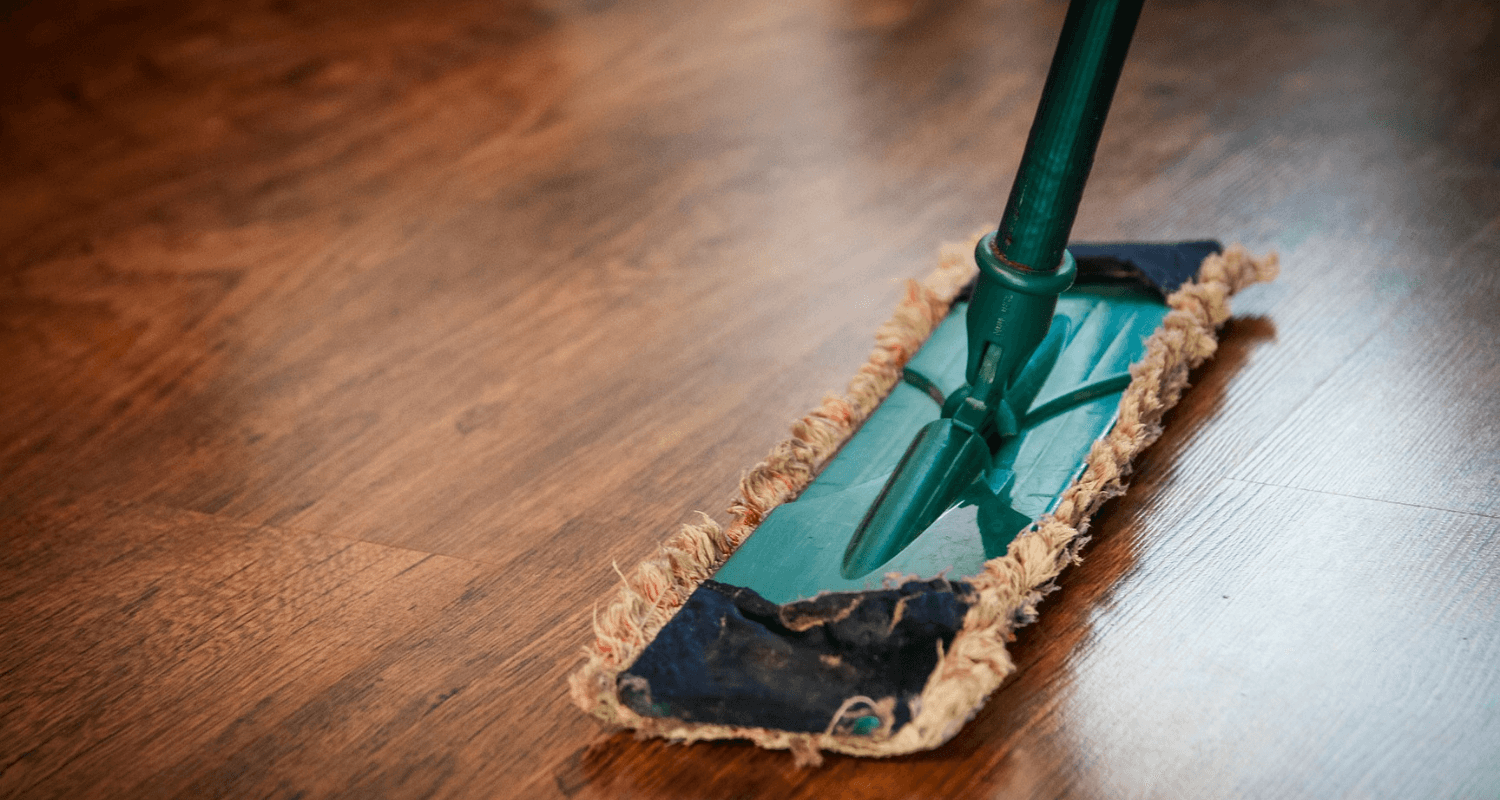 The ultimate house cleaning checklist for sellers.