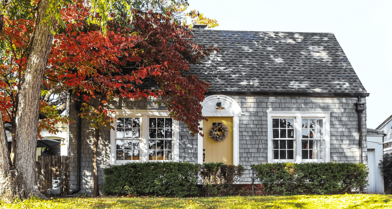 A cape cod home with curb appeal.