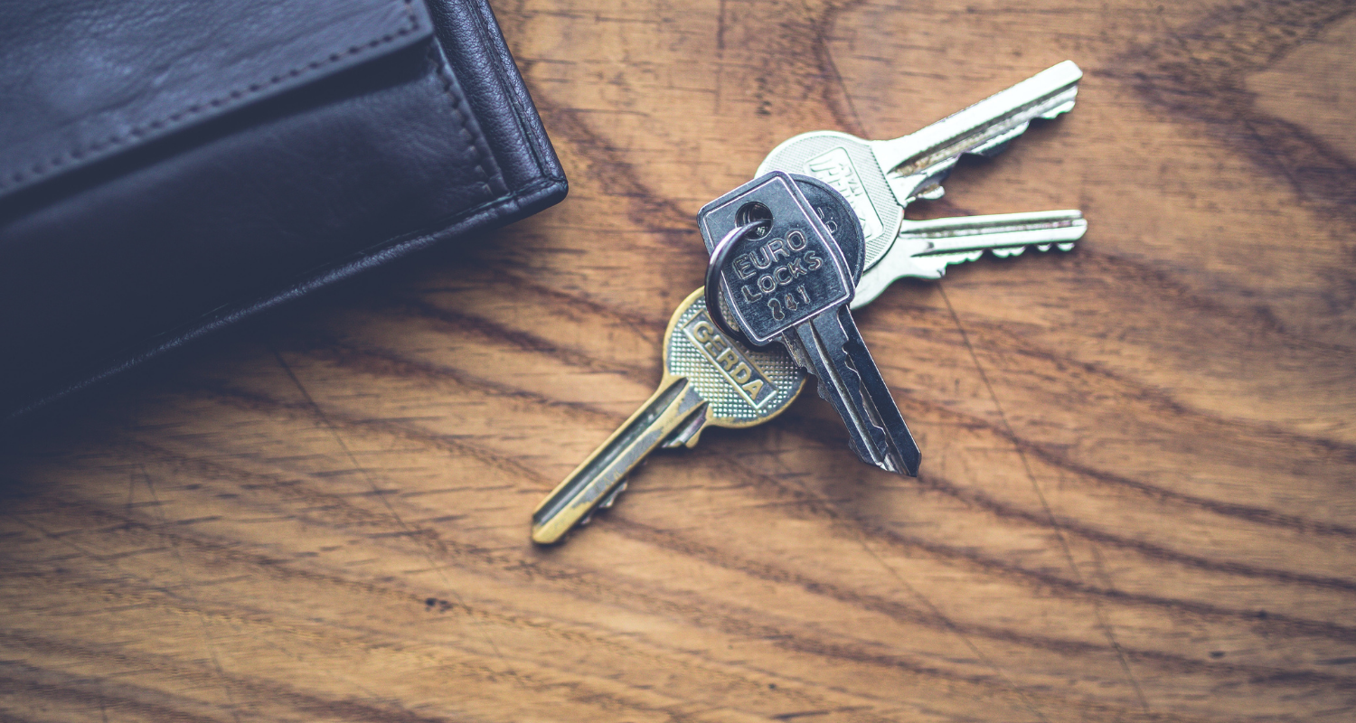 House keys received after clear to close.