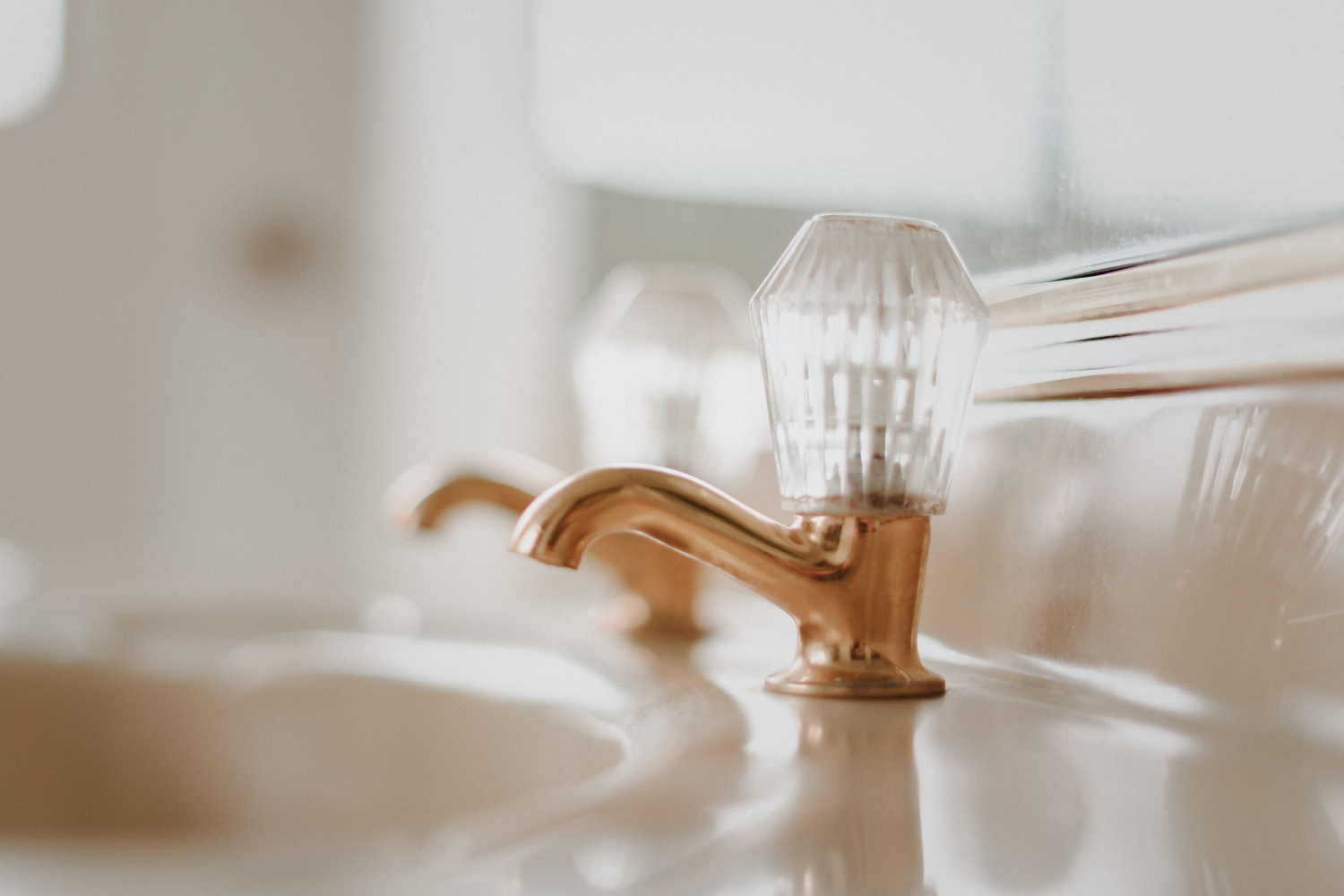 An image of a faucet used to demonstrate powder room ideas.